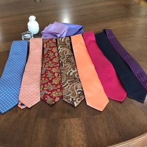 Set of 6 ties and two pocket kerchief